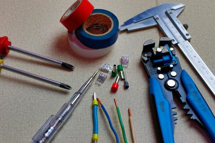 herramientas de electricista