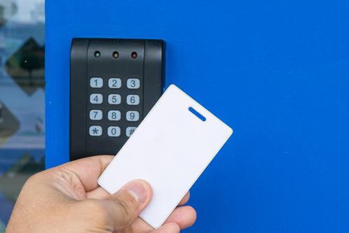 control acceso empresa